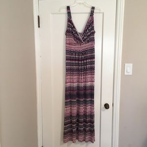 Loveappella Maxi Dress